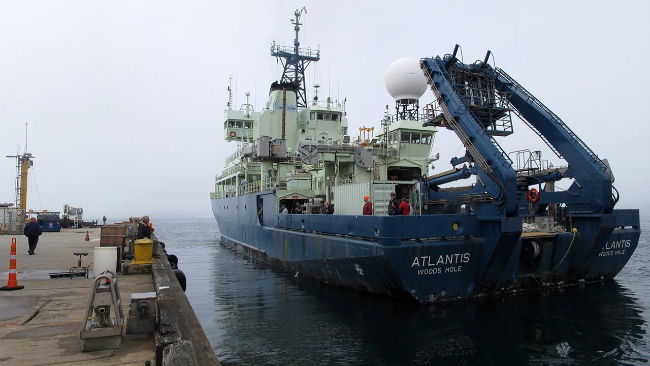 n-Atlantis-dock-pano-2